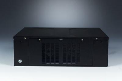 ARK-6622L-18ZE Châssis compact pour carte mère Mini ITX, w/180W