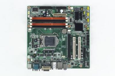 Carte mère industrielle i7/i5/i3 et Xeon mATX avec VGA et DVI-D