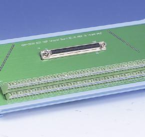 ADAM-39100-AE Bornier ADAM pour carte d'acquisition de données, SCSI-100 Wiring Terminal, DIN-rail Mount