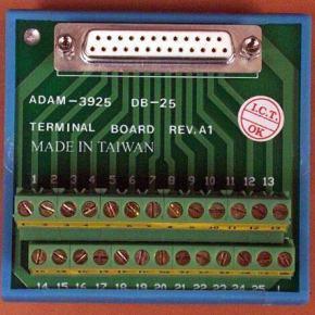ADAM-3925-AE Bornier à vis pour câble d'acquisition de données SubD 25 points