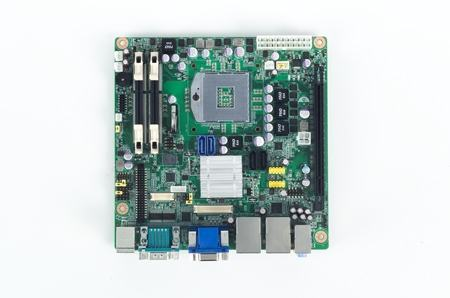 AIMB-272VG-00A1E Carte mère industrielle, DC miniITX PGA DVI/VGA/PCIe/GbE, RoHS
